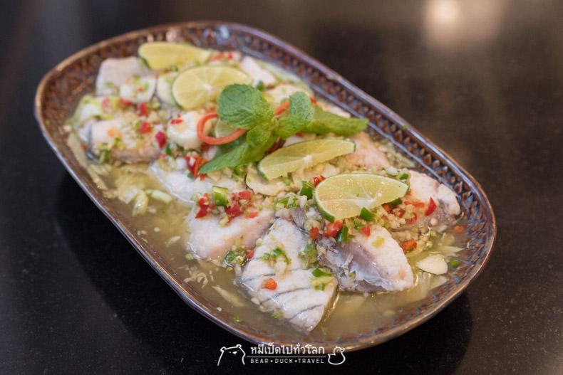 รีวิว ร้านอาหาร อาหารไทย กรุงเทพ ราชประสงค์ ปลานึ่งมะนาว
