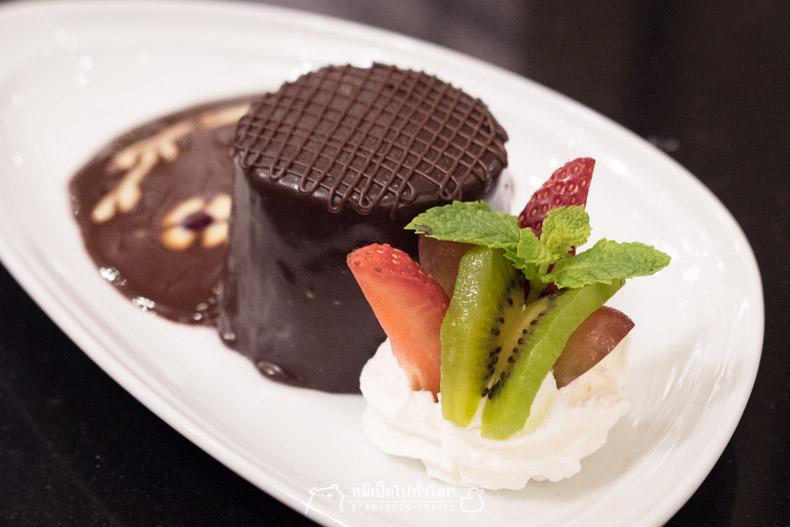 รีวิว ร้านอาหาร อาหารไทย กรุงเทพ ราชประสงค์ ขนม ของหวาน ช็อกโกแลตมูสเค้ก