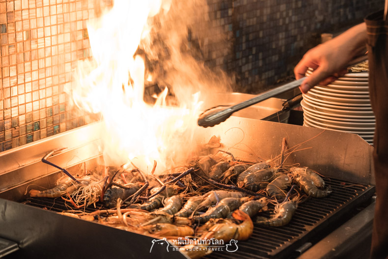 รีวิว ร้านอาหาร โรงแรม บุฟเฟ่ต์ อาหารทะเล อาหารญี่ปุ่น ปู แซลม่อน ทูน่า หอยแมลงภู่ กุ้ง Atelier