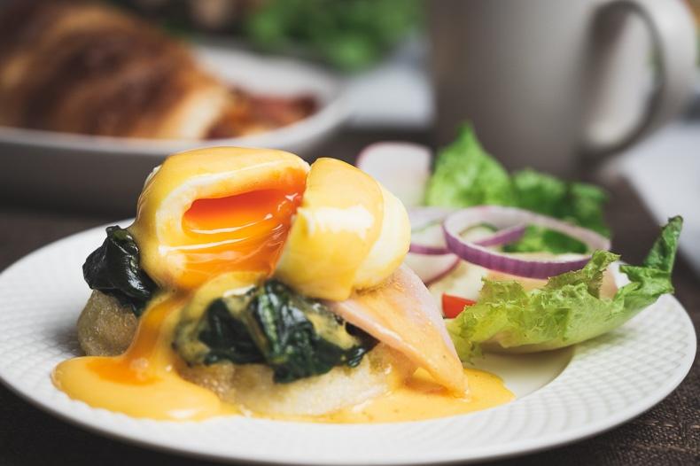 ไข่เบเนดิก (Egg Benedict)