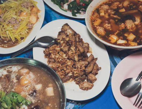 กินแหลก 12 ร้านอาหาร ตลาด สิงห์บุรี