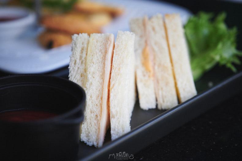 แซนด์วิช 4 ชิ้น