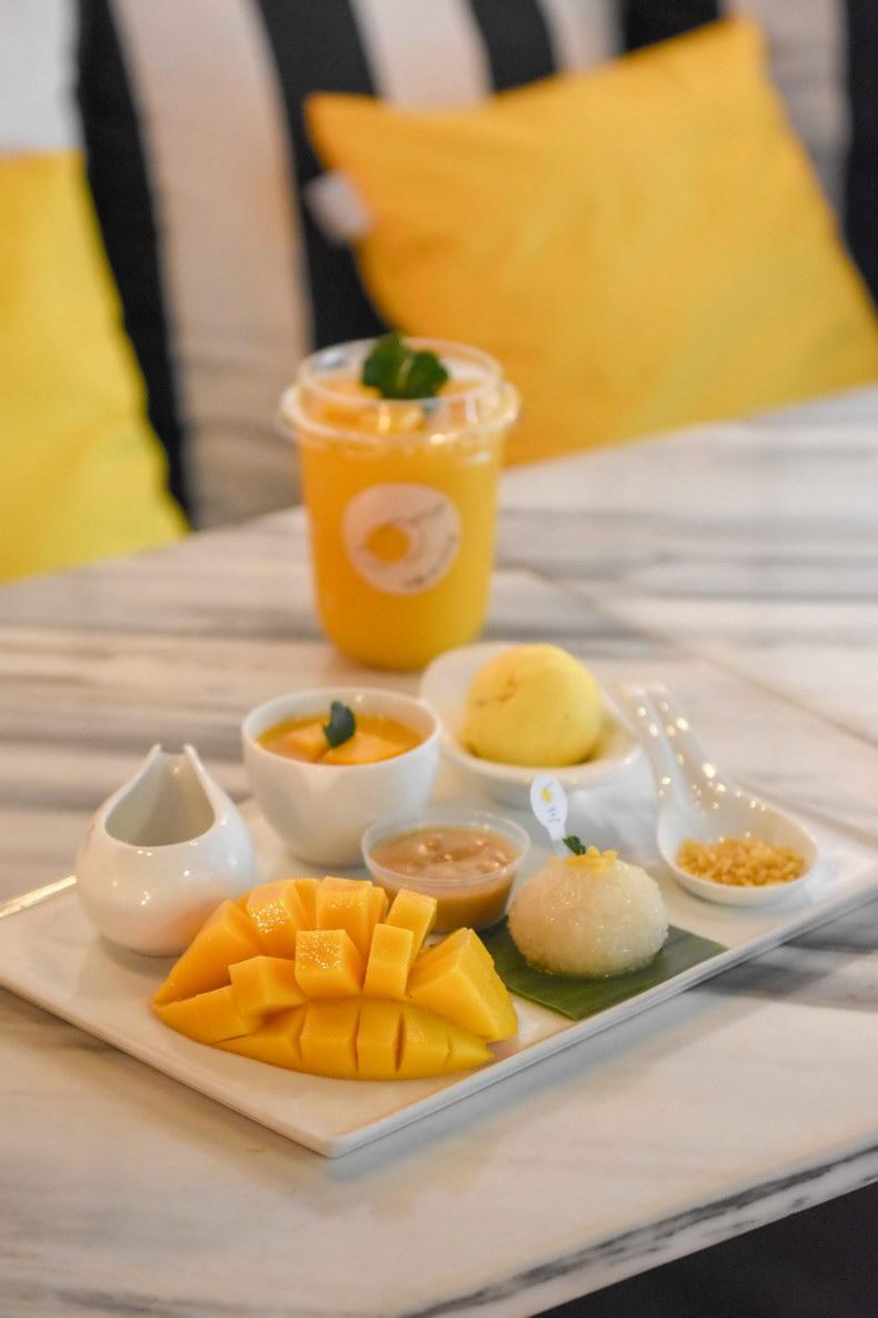 Make Me Mango Cafe