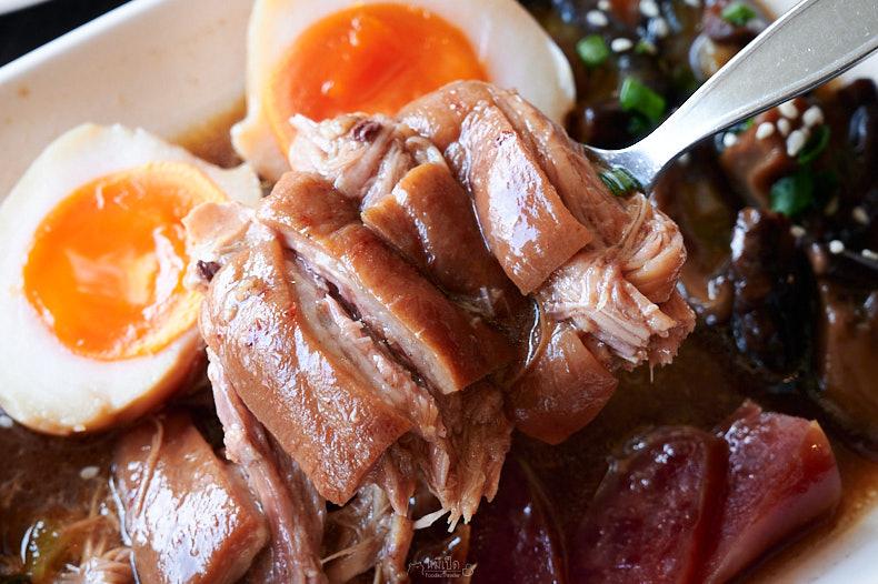รีวิว ข้าวขาหมูยูนนาน อาหารจานเดียว อิ่มอร่อยง่ายๆ เริ่มต้น 60 บาท